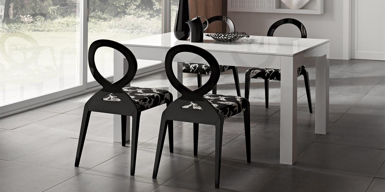 Tavoli Moderni in laccato